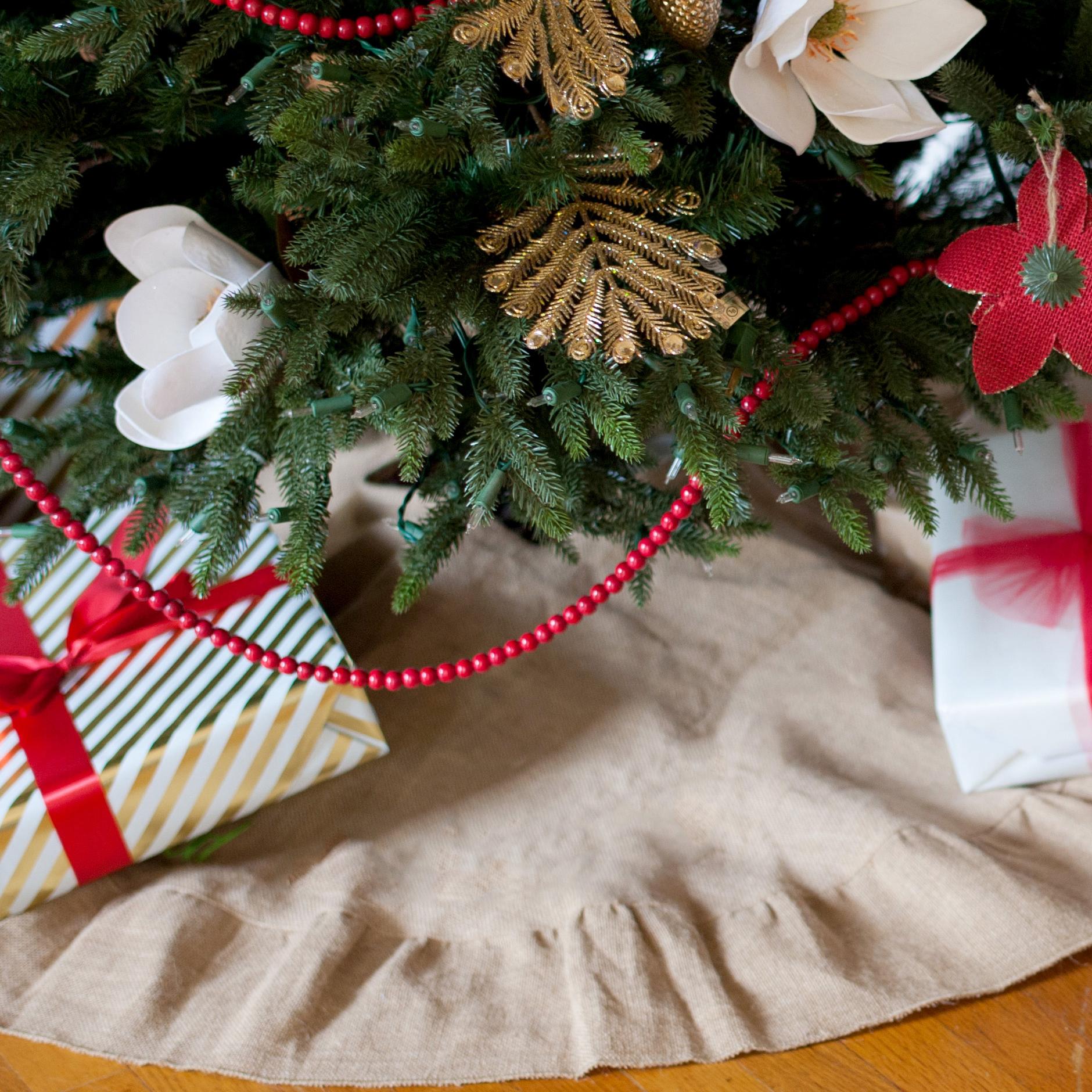 burlap christmas tree skirt - Burlap Christmas Tree